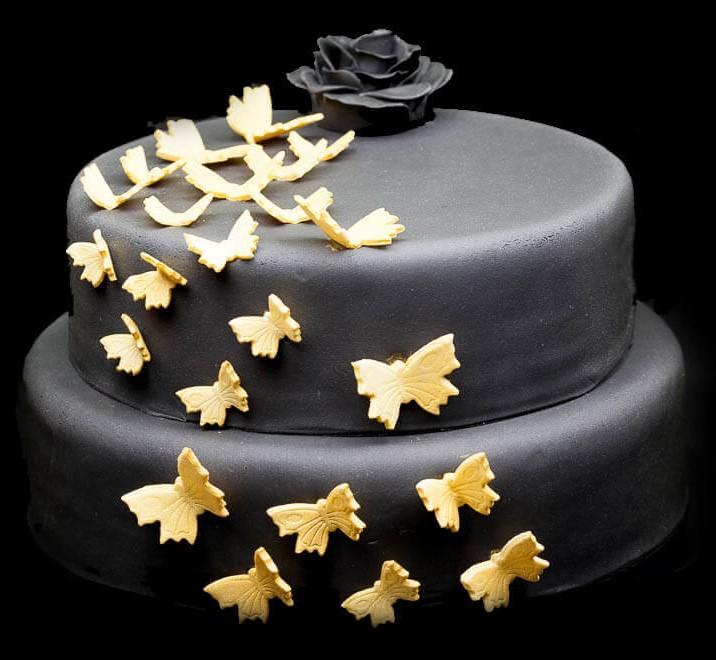 bolo dourado com preto