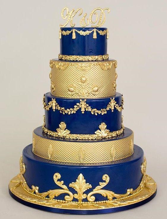 bolo dourado e azul