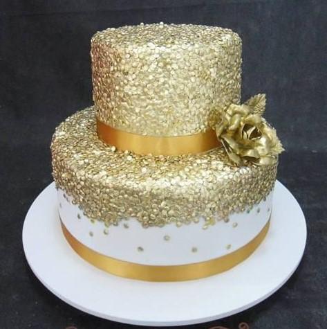 bolo dourado pasta americana