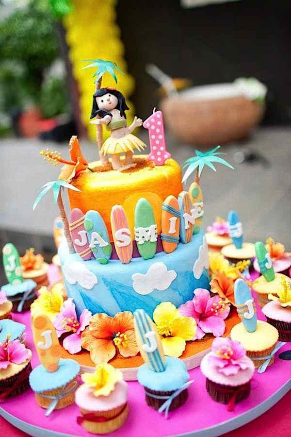 bolo havaiano feminino