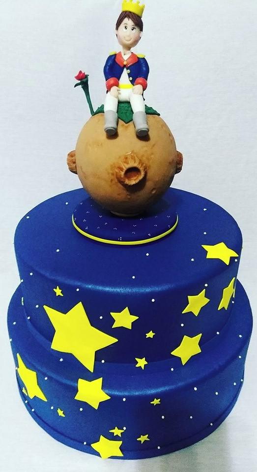 bolo pequeno príncipe 2 andares