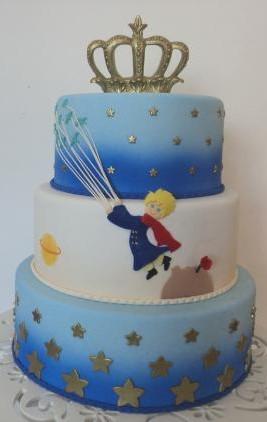 bolo pequeno príncipe 3 andares