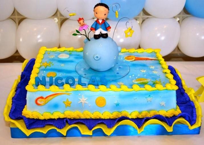 bolo pequeno príncipe simples