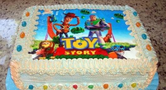 bolo toy story quadrado