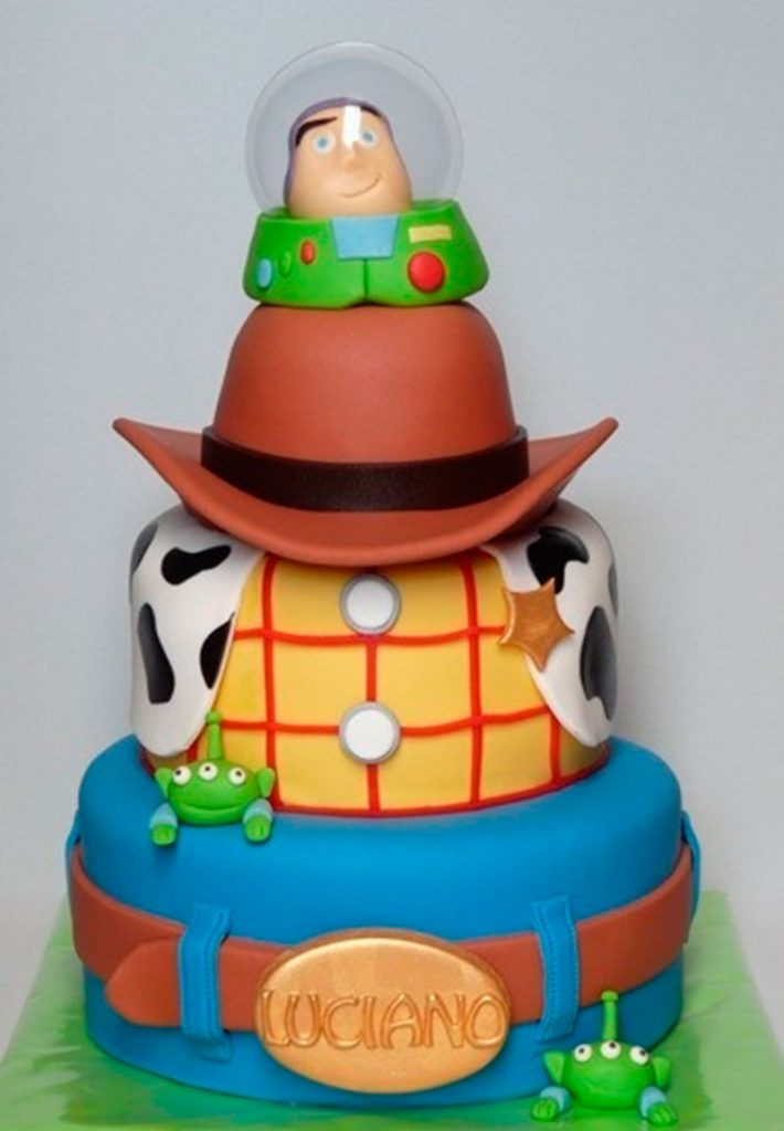 bolo toy story dois andares