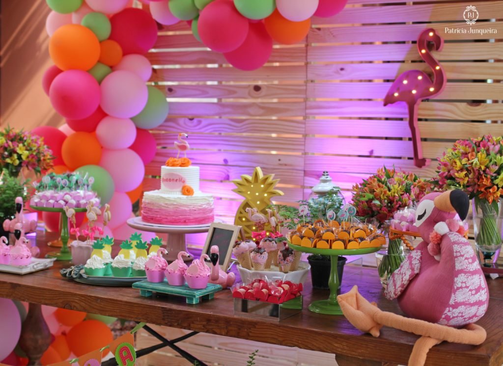 festa flamingo abacaxi