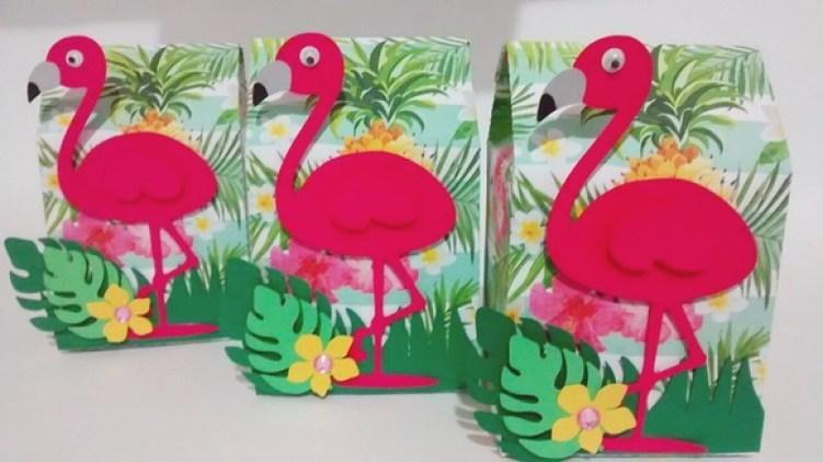 lembrancinha flamingo
