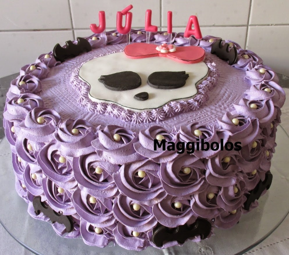 bolo da monster high chantilly