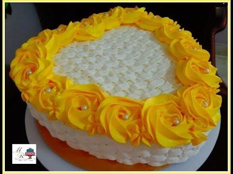 bolo de rosas amarelas