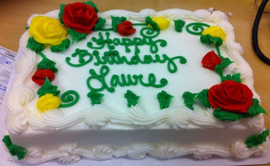 bolo de rosas vermelhas e amarelas