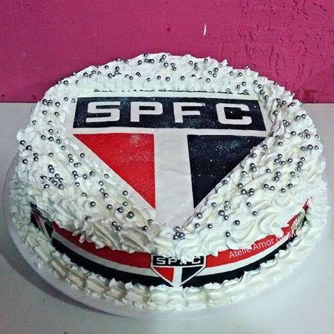 bolo do são paulo com papel arroz