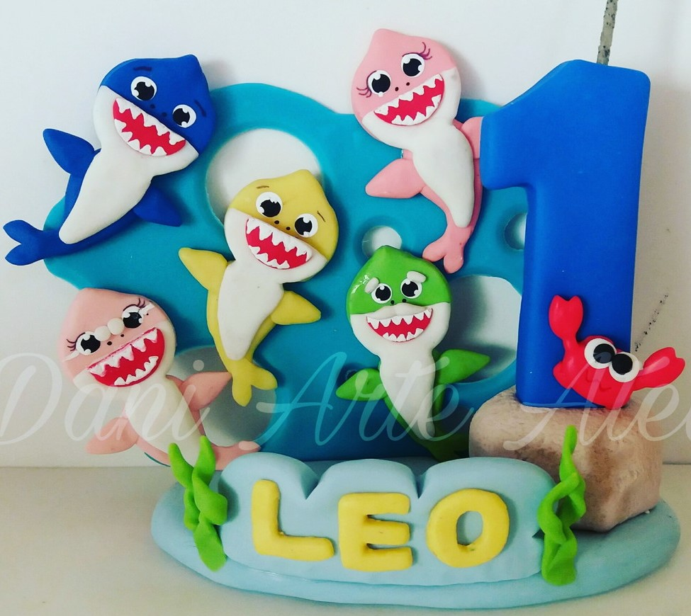 topo de bolo baby shark