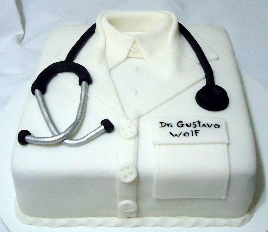 bolo enfermagem masculino