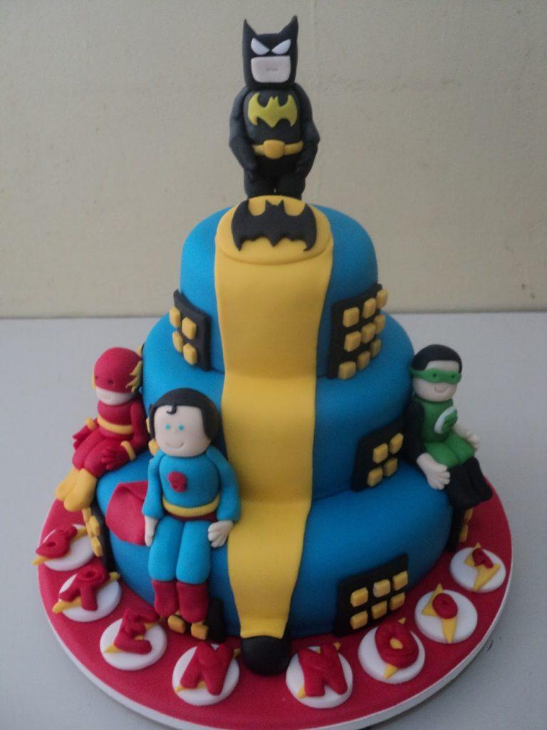 bolo liga da justiça baby
