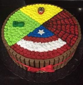 bolo liga da justiça simples