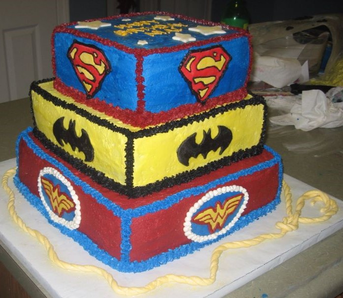 bolo liga da justiça chantilly