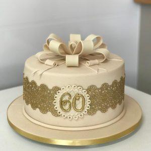 bolo 60 anos feminino