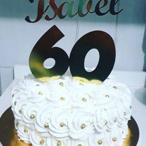 bolo 60 anos chantilly