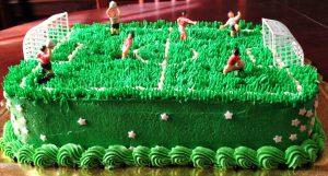 bolo futebol chantilly
