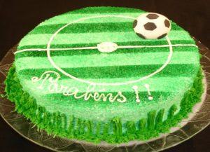 bolo futebol simples