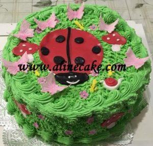 bolo joaninha simples