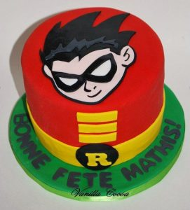 bolo jovens titãs robin