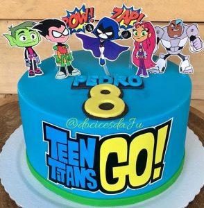 bolo jovens titãs simples