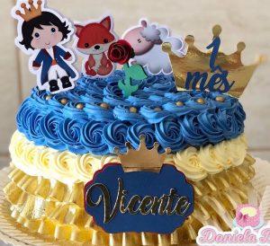 bolo mesversario pequeno príncipe