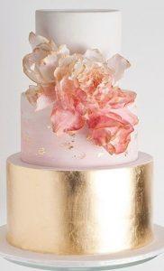 bolo rose gold com dourado