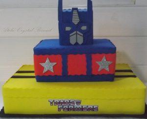 bolo transformers quadrado