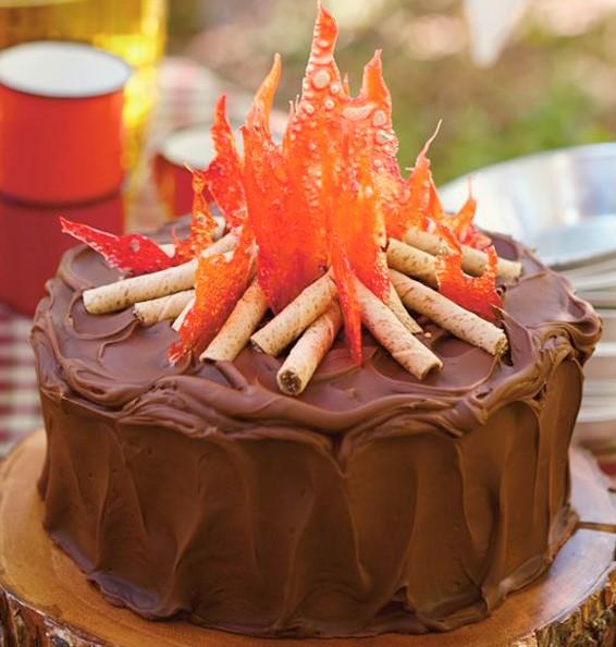 bolo de aniversário Junino