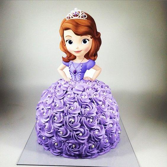 Bolo boneca Princesa Sofia