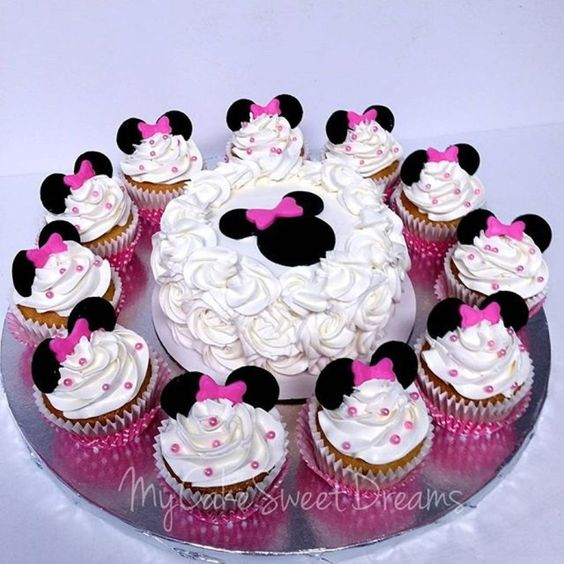 cupcake minnie Chantilly
