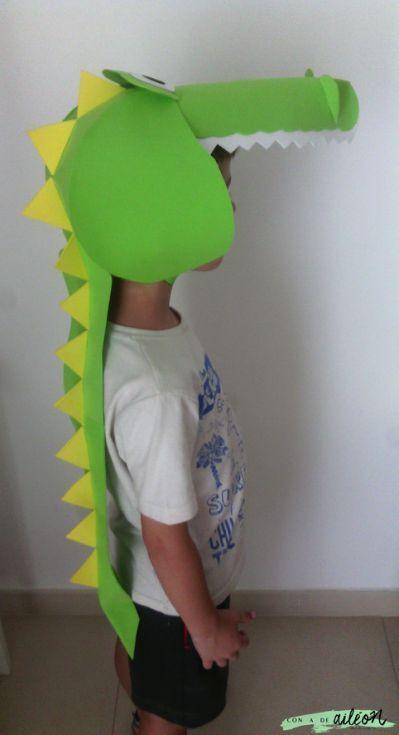 fantasia de dinossauro Em E.V.A.