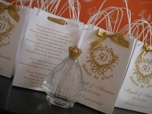 Lembrancinha bodas de ouro Papel