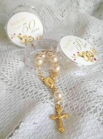 Lembrancinha bodas de ouro Terço
