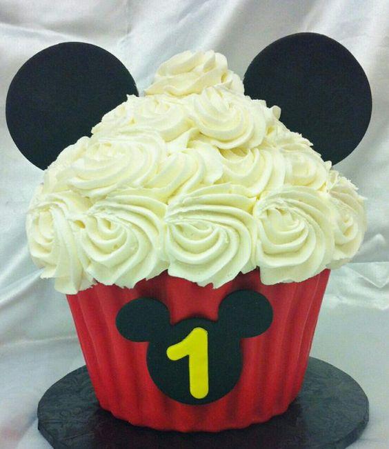 Cupcake Mickey Simples