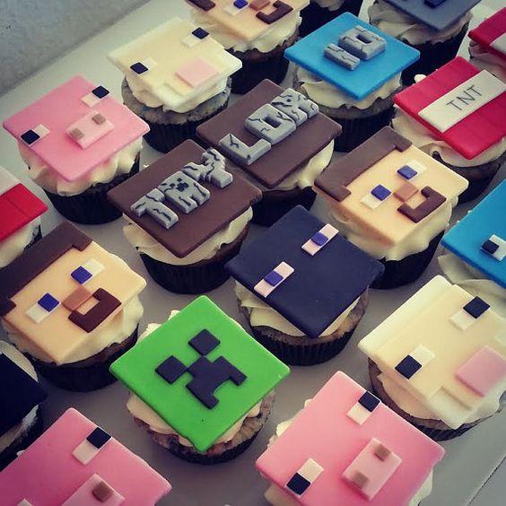 Cupcake Minecraft Com chantilly
