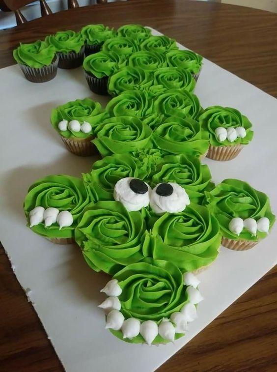 Cupcake Safari Com chantilly