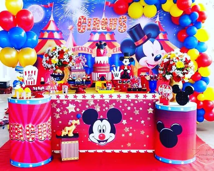 festa circo Do Mickey
