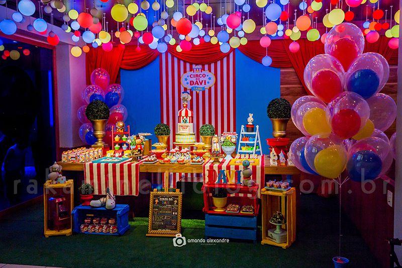 festa circo Luxo