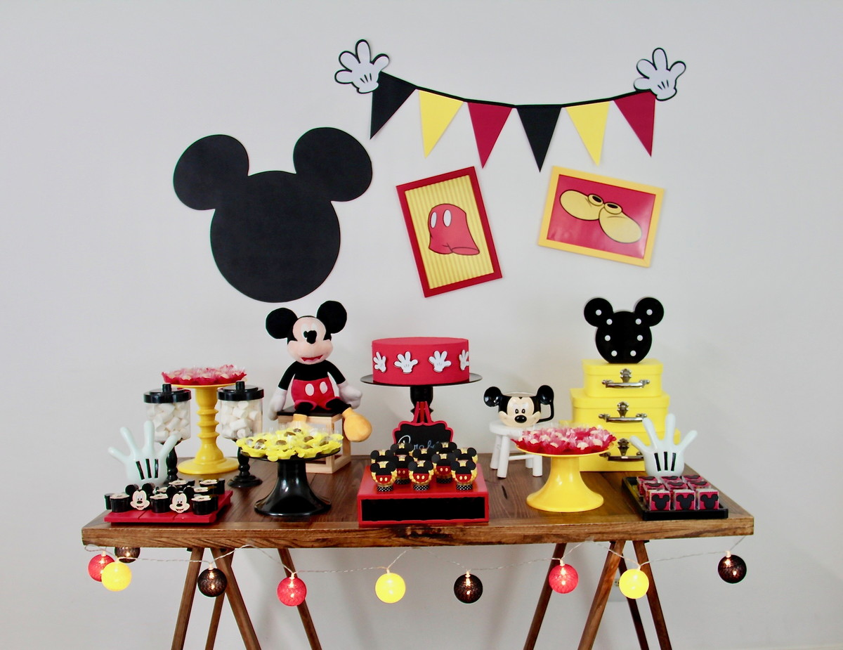 festa do mickey Simples