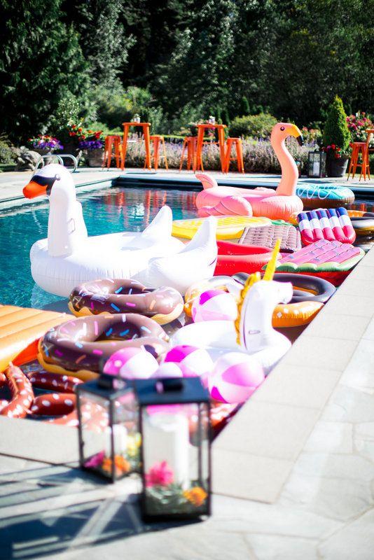 Festa Luau Na piscina