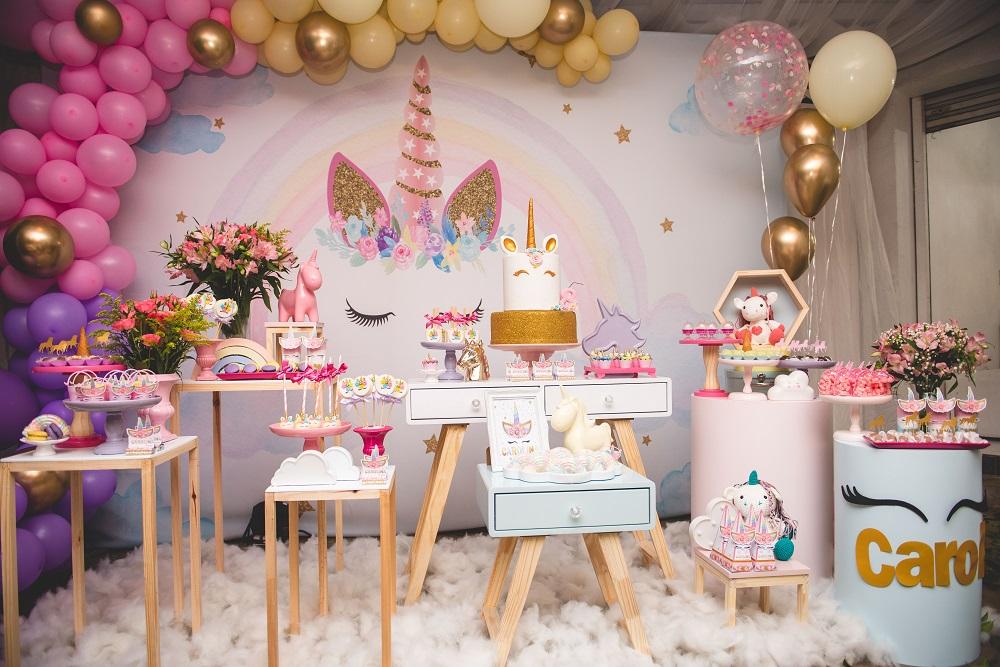 festa unicornio Dourada