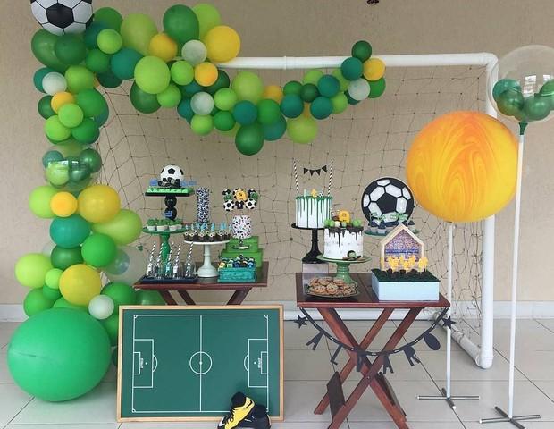 festa futebol Simples