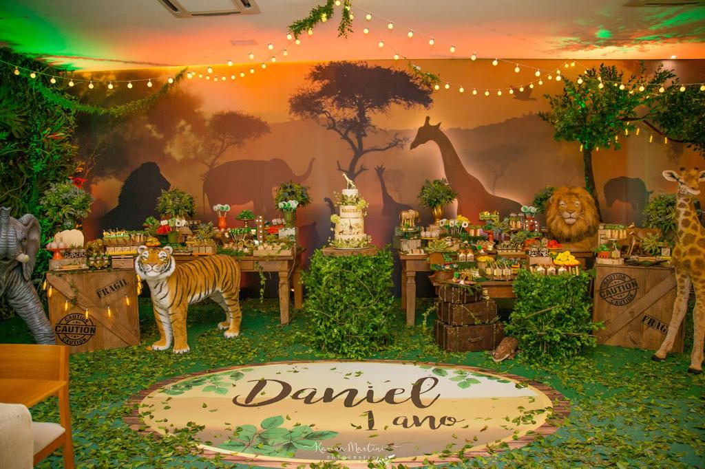 festa safari Luxo