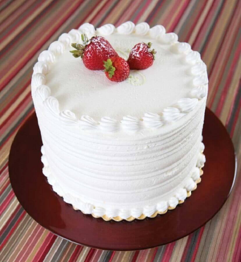 mini bolo decorado Com Chantilly