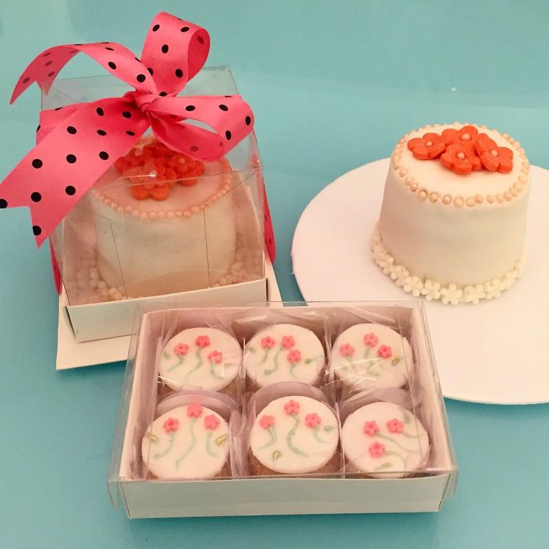 mini bolo decorado Para o Dia das Mães