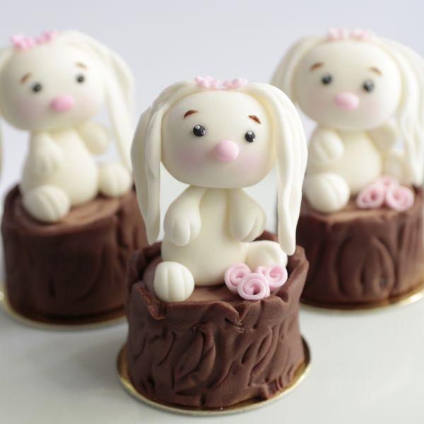 mini bolo decorado Páscoa