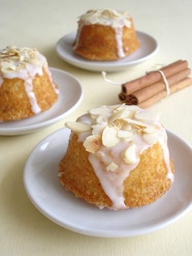mini bolo decorado Simples
